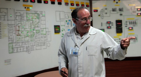 Agustín Lage is doctor of profession, Biochemistry specialist, with oncology studies at Pasteur Institute, of Paris. Since its foundation in 1994, he runs the Center of Molecular Immunology, of Havana.