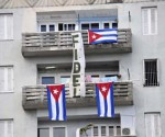 banderas en balcones